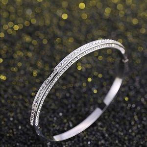 🔴FINAL PRICE 🔴 Bracelet 925 SS pave CZ's